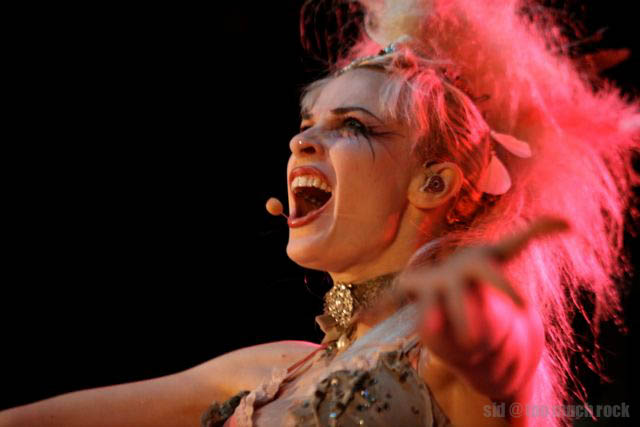 Well understand Emilie autumn live